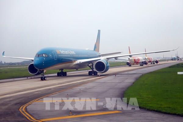 Khắc phục ngay việc xếp hàng chờ bay, bay lòng vòng tại Nội Bài và Tân Sơn Nhất