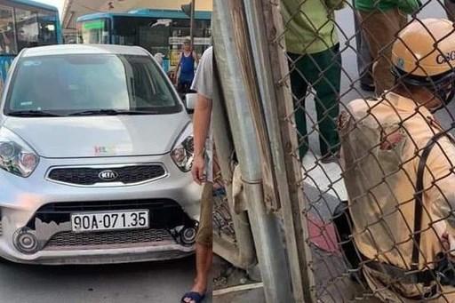 Tài xế vi phạm giao thông, gây thương tích cho Cảnh sát giao thông