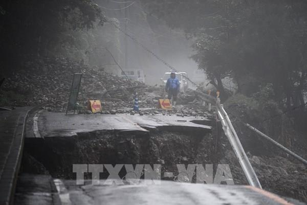 Nhật Bản: Hàng nghìn hộ gia đình mắc kẹt do lũ lụt
