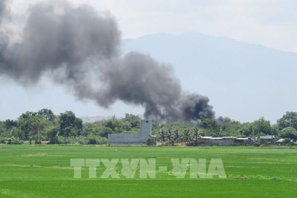 Cháy tại khu vực chứa xăng dầu trong sân bay quân sự Thành Sơn
