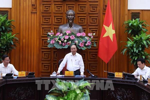 Thủ tướng Chính phủ Nguyễn Xuân Phúc làm việc với lãnh đạo chủ chốt tỉnh Bến Tre