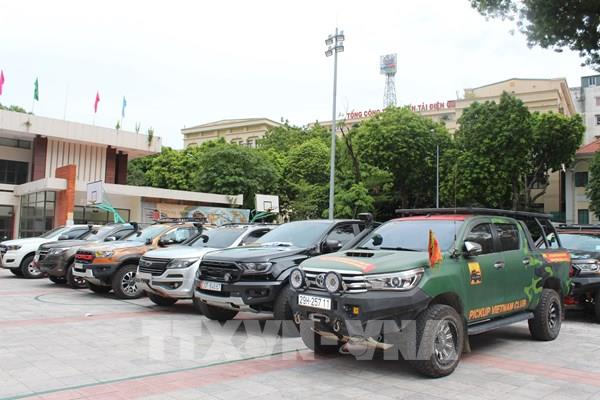 Lần đầu tiên có Câu lạc bộ xe bán tải địa hình Việt Nam