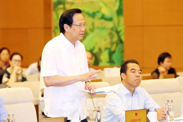 Nhiều ý kiến về dự án Luật Người lao động Việt Nam đi làm việc ở nước ngoài theo hợp đồng