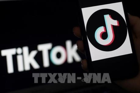 """Vì sao Mỹ muốn """"cấm cửa"""" ứng dụng TikTok của Trung Quốc?"""