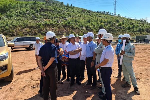 Tháo gỡ về mặt bằng đường dây 500 kV đấu nối Nhà máy nhiệt điện Nghi Sơn 2