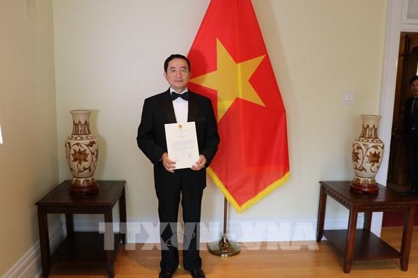 Đại sứ Việt Nam tại Canada trình Thư uỷ nhiệm lên Toàn quyền Julie Payette