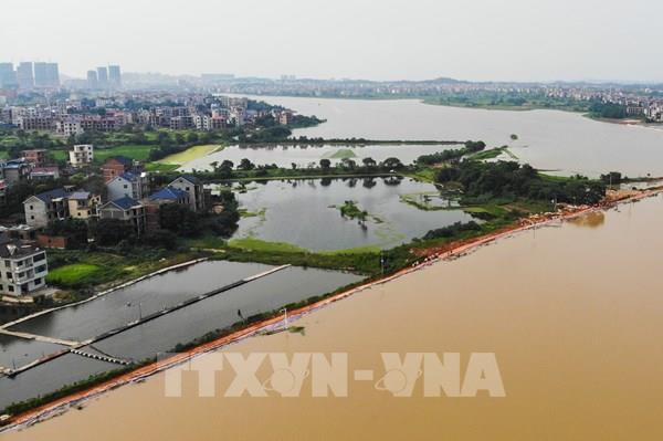 Trung Quốc cảnh báo nguy cơ thiên tai do mưa lớn tiếp diễn