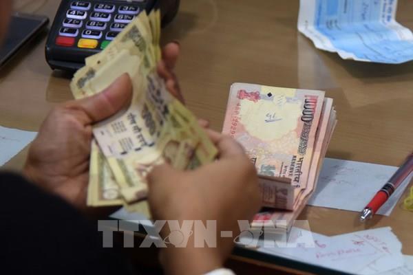 Kinh tế Ấn Độ ngày càng ít phụ thuộc vào tiền mặt