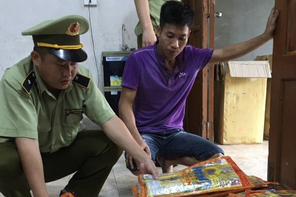 Phát hiện gần 1.500 thẻ hương trầm có dấu hiệu giả mạo nhãn hiệu tại Hà Giang