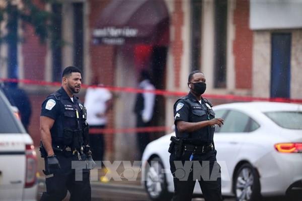 Mỹ: Xả súng nhằm vào lễ tang ở Chicago, 14 người bị thương
