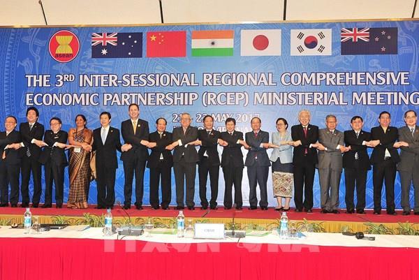 Bộ trưởng Ngoại giao Lào đề cao đóng góp và vai trò của Việt Nam tại ASEAN
