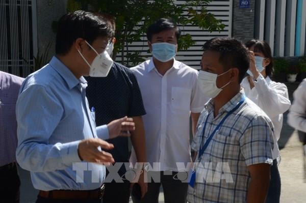 Đà Nẵng theo dõi sức khỏe người dân trong khu vực có ca dương tính với SARS-CoV-2