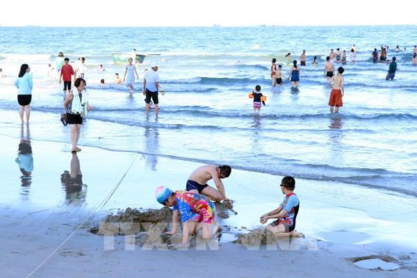 Hà Nội: Tạm dừng tổ chức du lịch đến địa phương đang có dịch