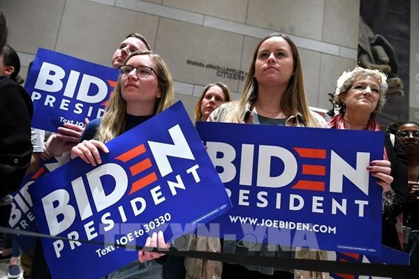 Bầu cử Mỹ 2020: Ông J.Biden lại dẫn trước Tổng thống Trump