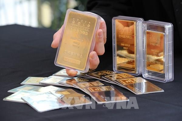 Giá vàng thế giới tiếp tục xác lập kỷ lục mới