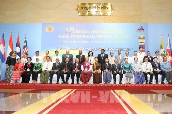 25 năm Việt Nam gia nhập ASEAN: Việt Nam đã thúc đẩy một ASEAN gắn kết và nhạy bén