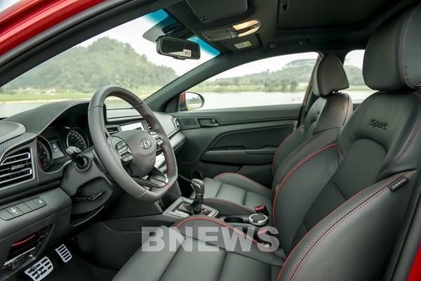 Hyundai ra mắt thương hiệu IONIQ cho dòng xe điện mới