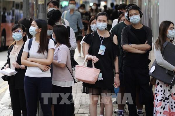 Dịch COVID-19: Số ca nhiễm mới tại Trung Quốc đại lục tiếp tục tăng