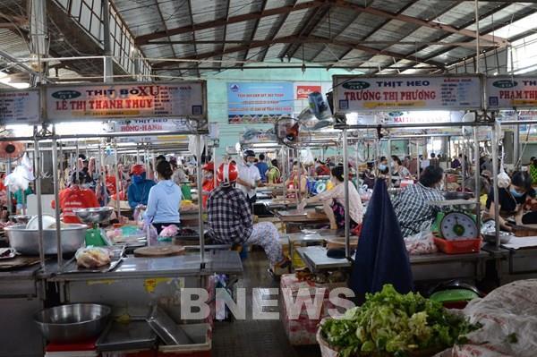 Đà Nẵng dừng thi công các công trình xây dựng; tăng thời gian họp chợ, siêu thị