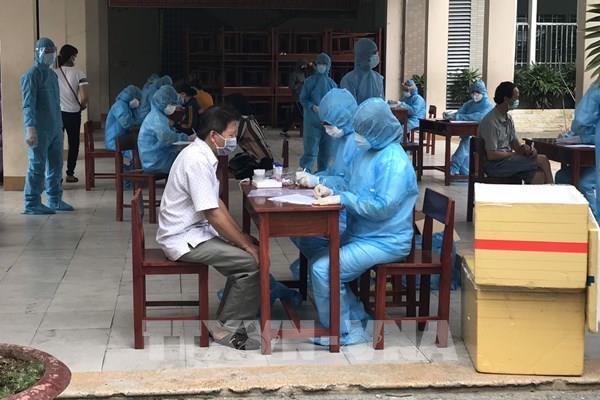 COVID-19: Đà Nẵng xét nghiệm cho toàn bộ người dân trong khu phong tỏa