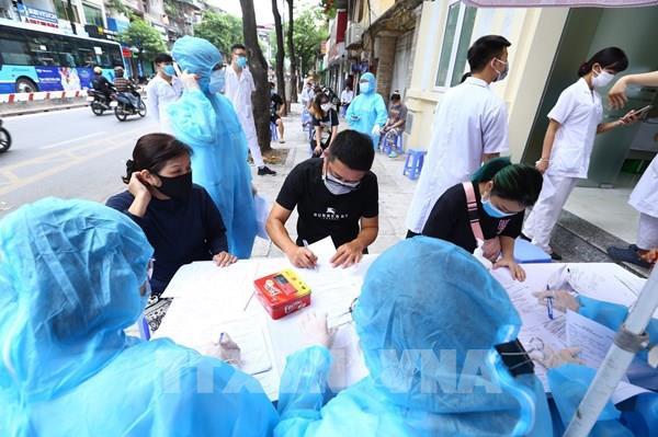 Hà Nội tiếp tục xét nghiệm nhanh người về từ Đà Nẵng