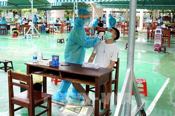 BIDV ủng hộ 9 tỷ đồng cho phòng, chống COVID-19 tại Đà Nẵng, Quảng Nam