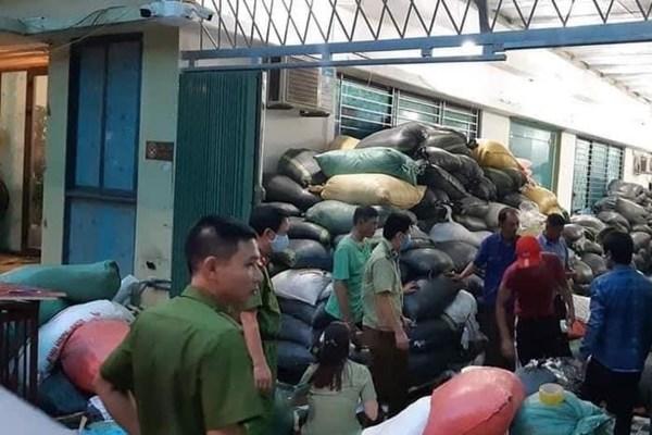 Nhiều xưởng tái chế găng tay đã qua sử dụng bị phát hiện