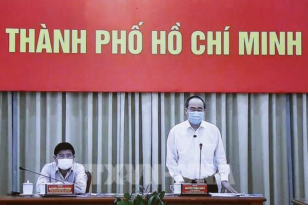 Bí thư Thành ủy TP.HCM: Rà soát người về từ Đà Nẵng, chặn người nhập cảnh trái phép