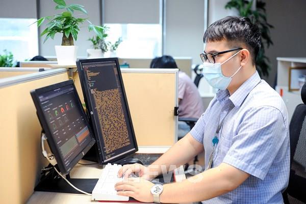 Viettel tăng năng lực hệ thống kê khai y tế điện tử hỗ trợ người dân phòng dịch COVID-19