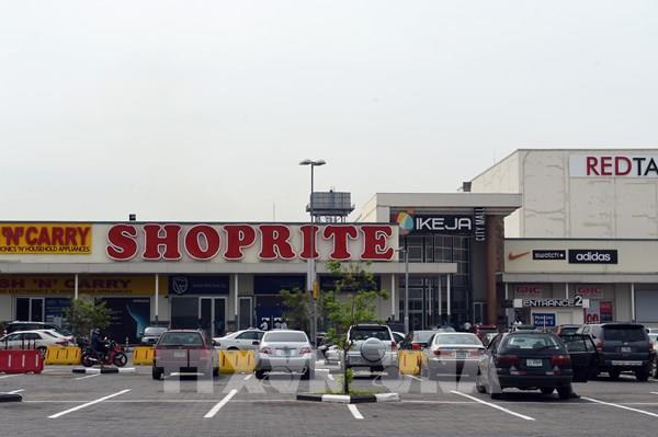 Chuỗi siêu thị lớn nhất châu Phi rút khỏi thị trường Nigeria