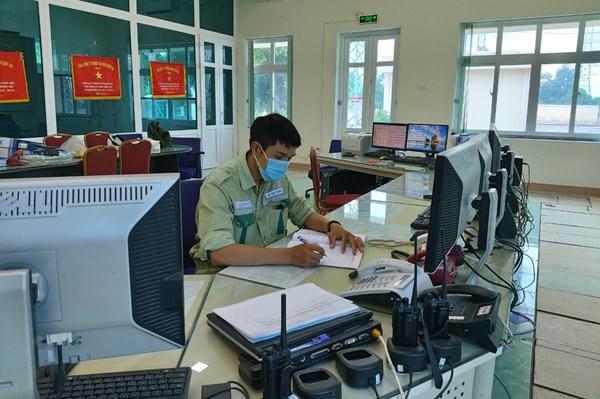 Truyền tải điện Quảng Trị vừa chống dịch COVID-19 vừa đảm bảo vận hành