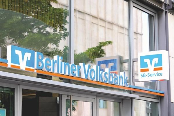 Cướp xe chở tiền của ngân hàng tại trung tâm Berlin (Đức)