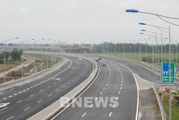 Từ 11/8 sẽ chính thức thu phí không dừng tại cao tốc Hà Nội - Hải Phòng