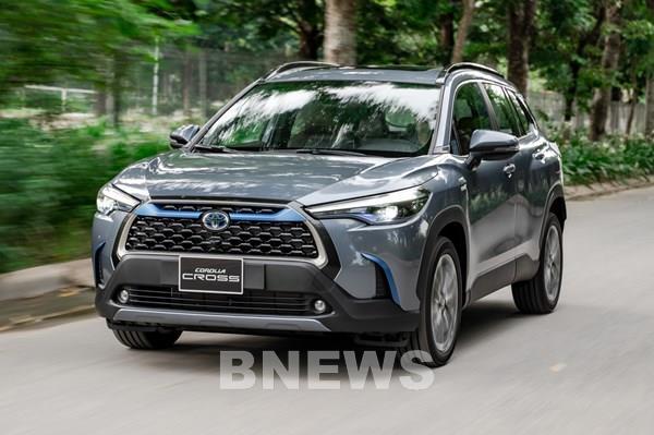 Toyota Corolla Cross về Việt Nam chốt giá từ 720 triệu đồng