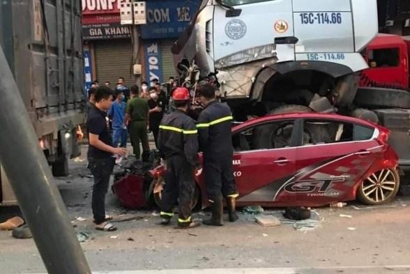 Khởi tố vụ tai nạn giao thông làm 4  người thương vong ở Long Biên (Hà Nội)