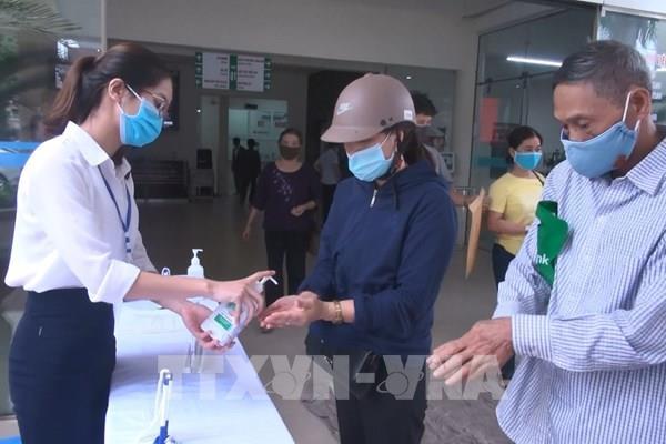 Thêm Trạm trưởng Trạm y tế bị đình chỉ do lơ là phòng chống dịch COVID-19