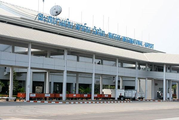 """Lào thúc đẩy mở """"làn xanh"""" xuất nhập cảnh đặc biệt với Việt Nam và Trung Quốc"""