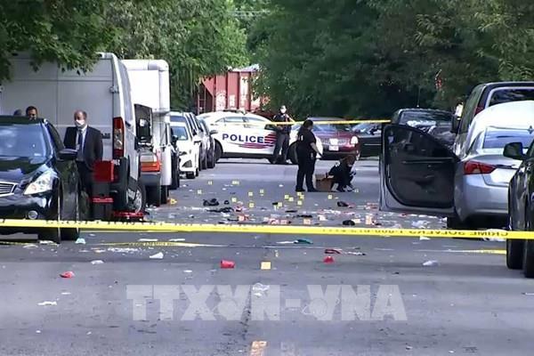 Nổ súng gây thương vong ở thủ đô Washington