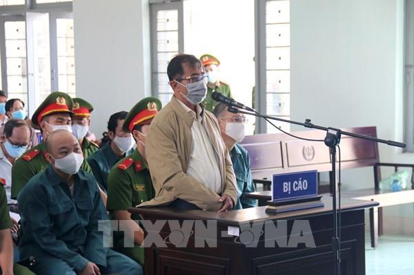 Xét xử nguyên Chủ tịch, Phó Chủ tịch UBND Phan Thiết vi phạm quy định về quản lý đất đai