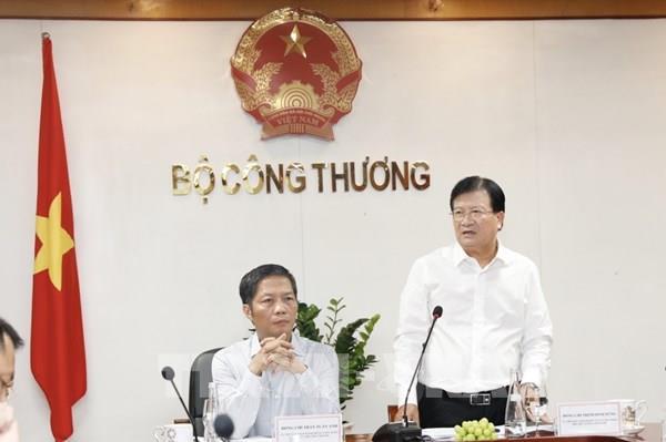 Phó Thủ tướng Trịnh Đình Dũng: Đẩy nhanh tiến độ hoàn thành Quy hoạch điện VIII