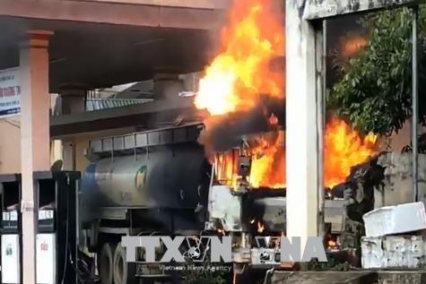Cảnh báo nguy cơ cháy nổ tại các cơ sở kinh doanh xăng dầu