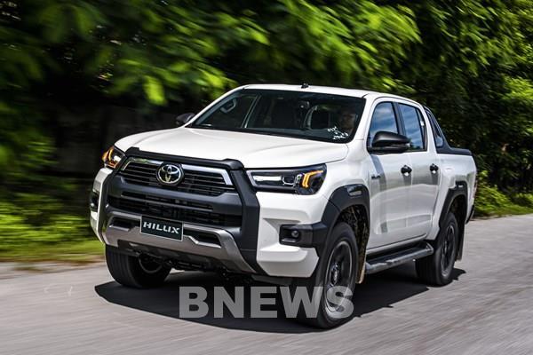 Toyota Hilux 2020 về Việt Nam với 4 phiên bản và màu sắc, giá từ 628 triệu