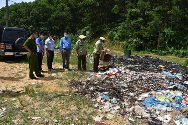 Tiêu huỷ mỹ phẩm nhập lậu tại Tuyên Quang