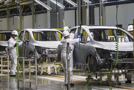 Indonesia xem xét áp mức thuế 0% đối với ô tô để thúc đẩy tiêu dùng nội địa