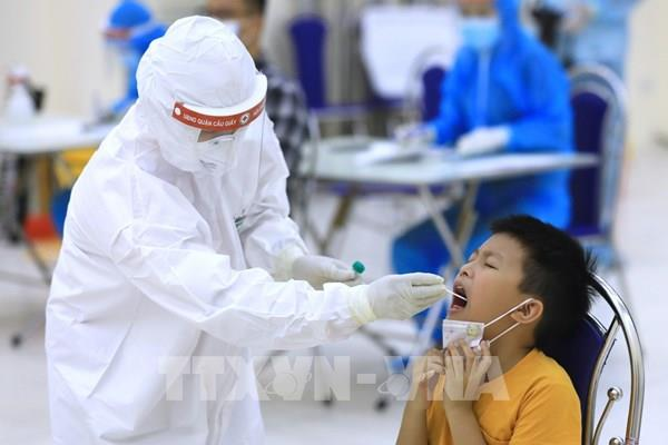 Hà Nội hoàn thành lấy 71.842 mẫu xét nghiệm PCR cho người từ Đà Nẵng về