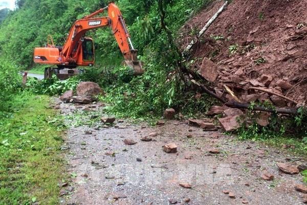 Lai Châu khắc phục các điểm sạt lở sau mưa lớn