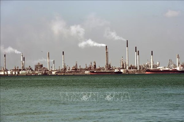 Xu hướng giá dầu và tác động đối với châu Á