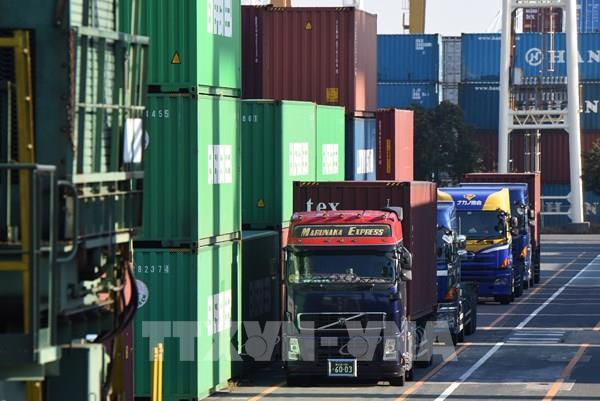Xuất khẩu của Nhật Bản giảm tháng thứ năm liên tiếp