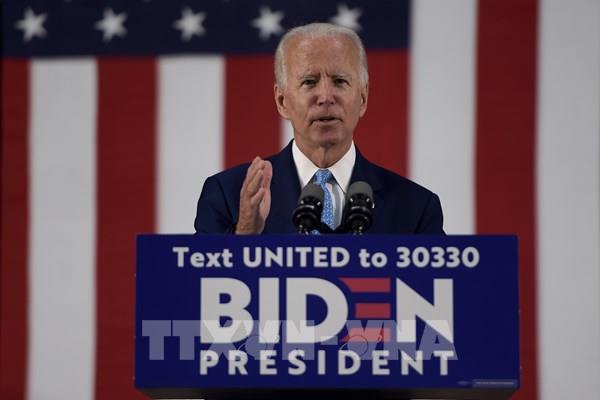 Tỷ lệ ủng hộ ứng cử viên Joe Biden tăng mạnh trong nhóm cử tri da màu và gốc Mỹ Latinh