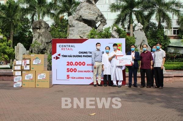 Central Retail hỗ trợ vật tư y tế cho tỉnh Hải Dương chống dịch COVID-19